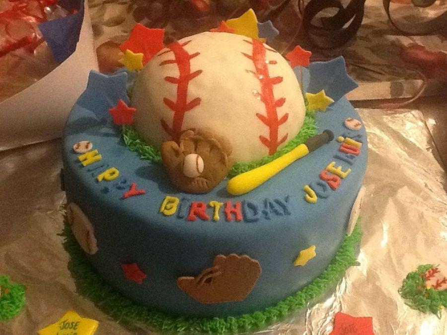 Cool Baseball Themed Birthday Cake Cakecentral Com Funny Birthday Cards Online Necthendildamsfinfo