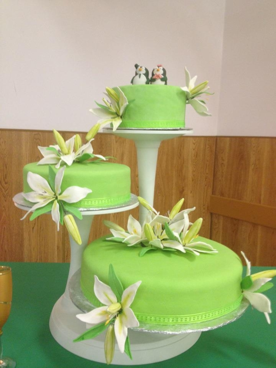 Lime Green Wedding Cake on Cake Central