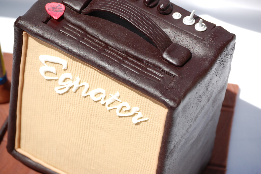 Amplifier Cake CakeCentralcom