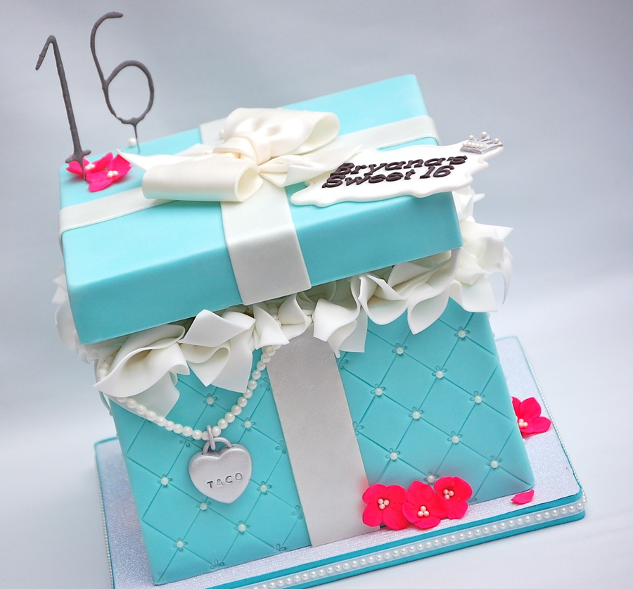 Open Gift Box Cake Tutorial