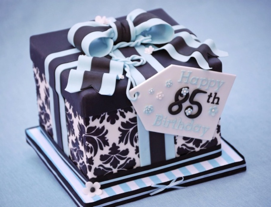 Damask Gift Box on Cake Central