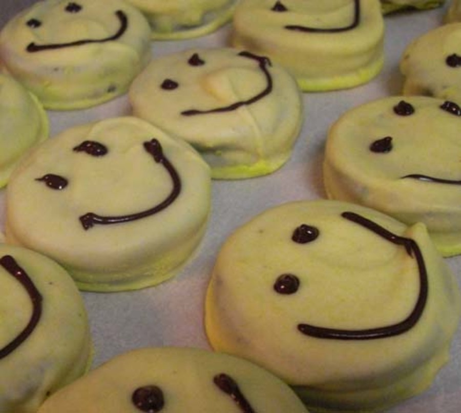 Sunny Smile Cookies  on Cake Central
