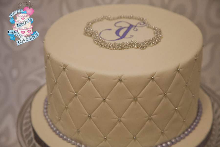 Sweet And Simple One Tier Wedding Cake Quilted Fondant