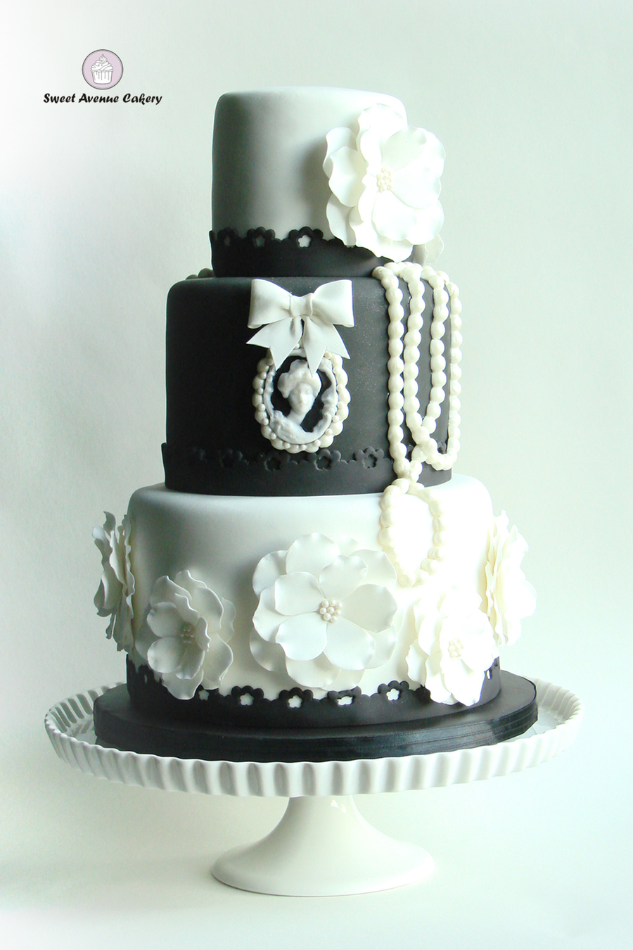 Vintage Black And White Wedding Cake On Central