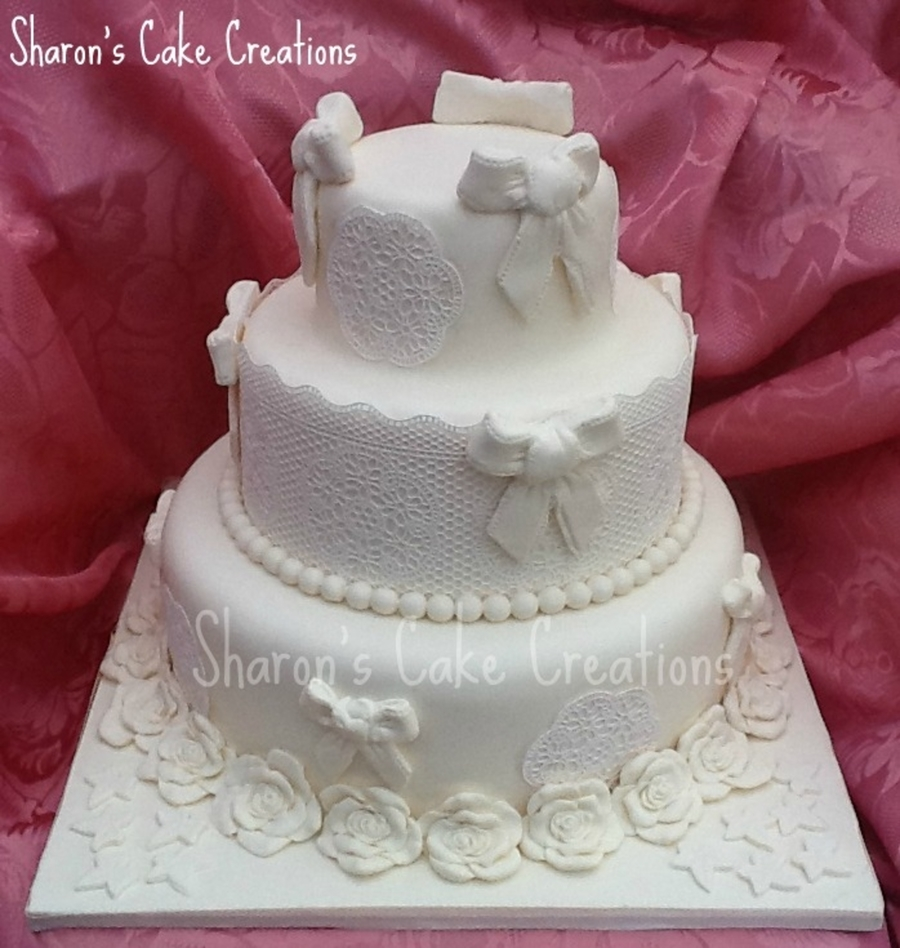 Ivory Bows And Sugarviel Lace on Cake Central