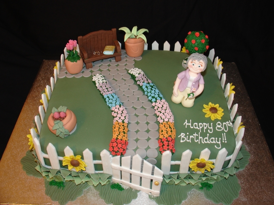 Garden theme 80th birthday for Gardening 80th birthday cake