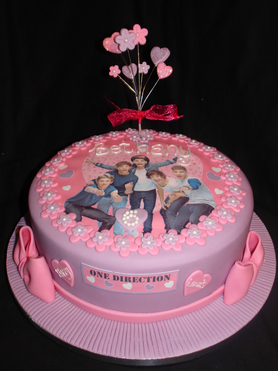 Pink One Direction Cake With Matching Cupcakes CakeCentralcom
