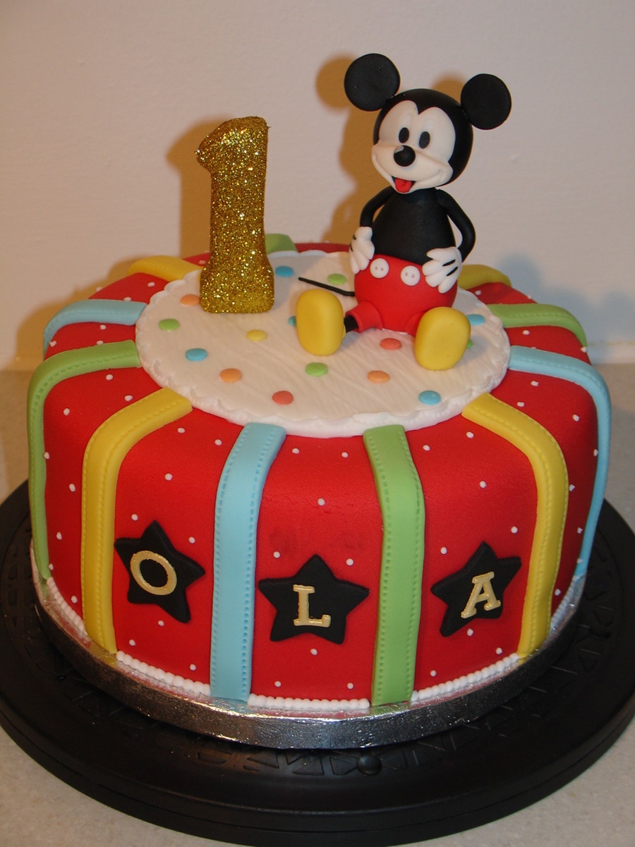 Mickey Mouse 1st Birthday Fondant Cake Cakecentral Com