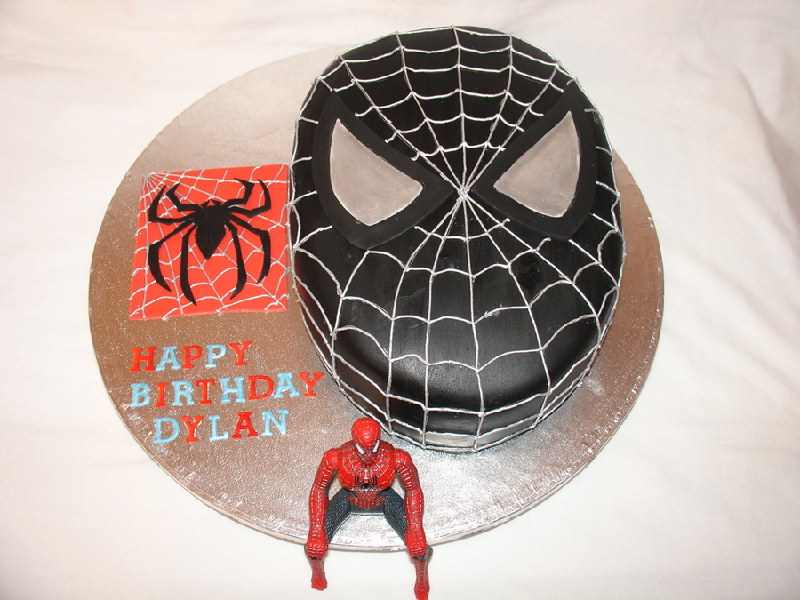 Black Spiderman Head Fondant Cake Cakecentral Com