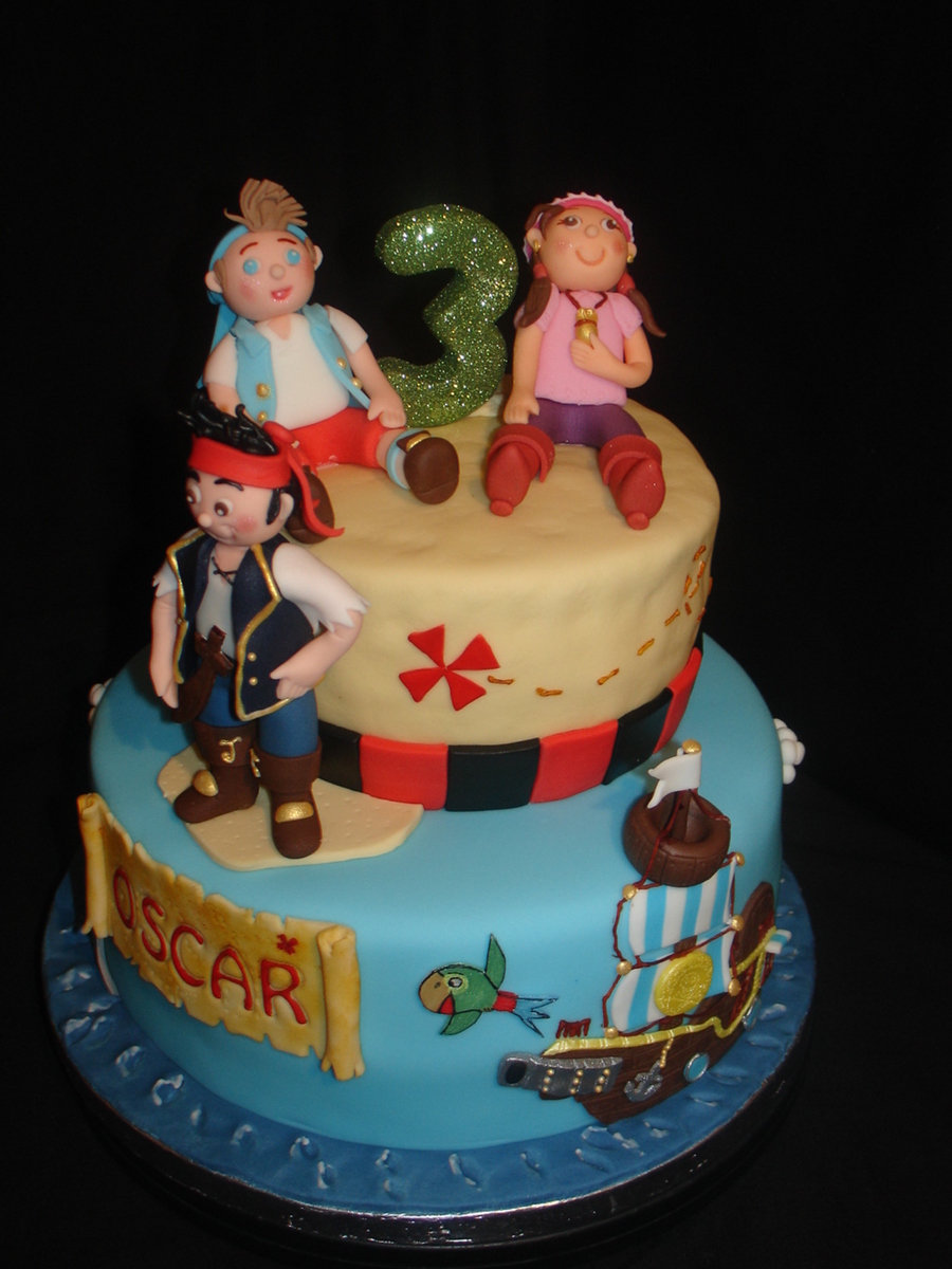 Jake And The Neverland Pirates (Disney) Fondant Cake - CakeCentral.com