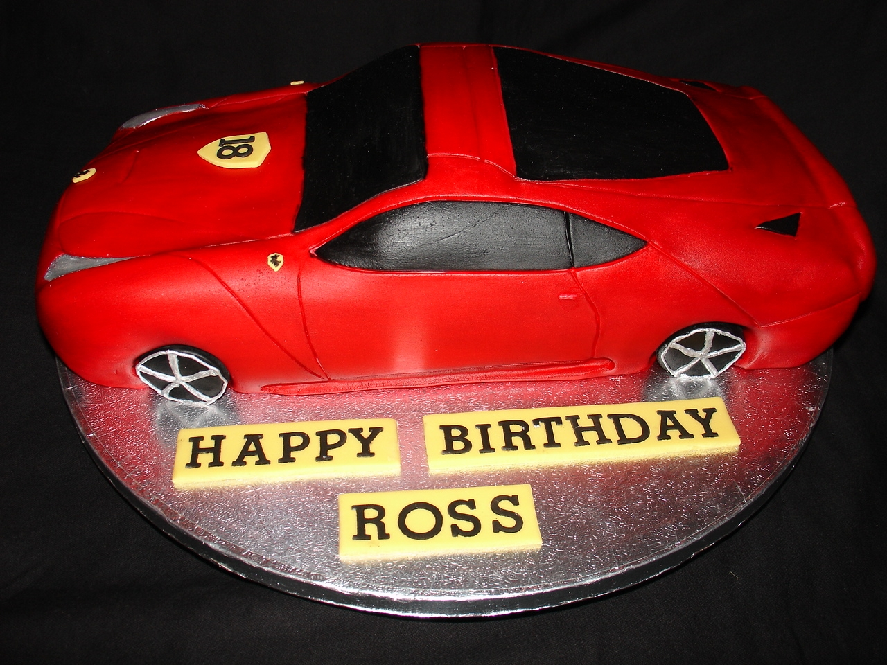 how to make a fondant car