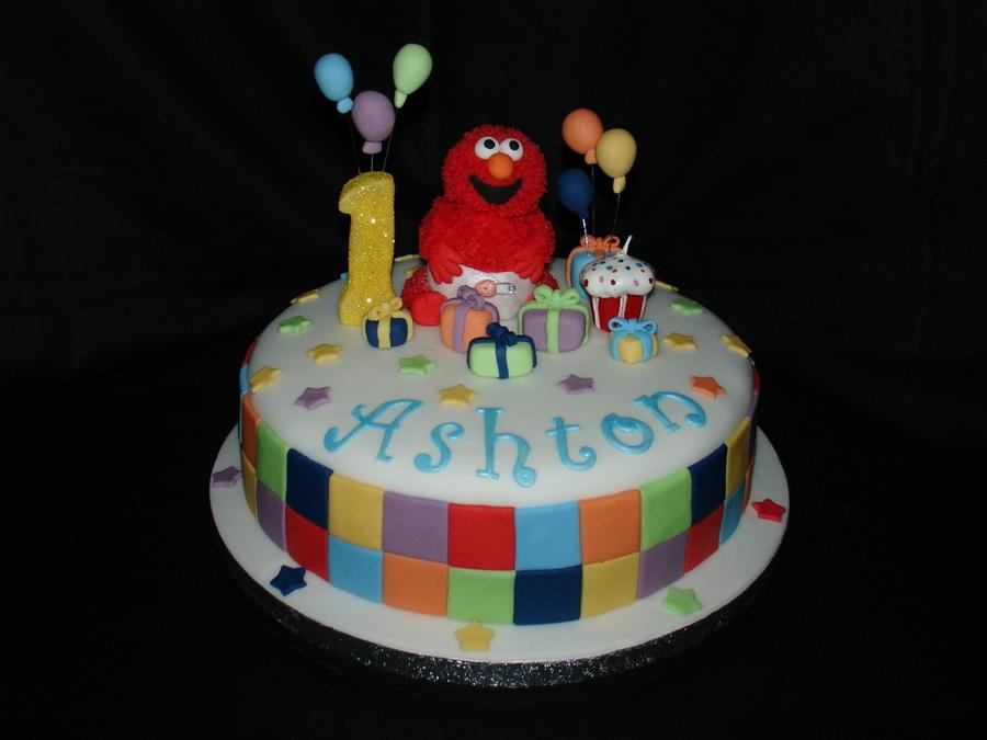 Elmo Cake Decorations : Elmo Fondant Cake - CakeCentral.com