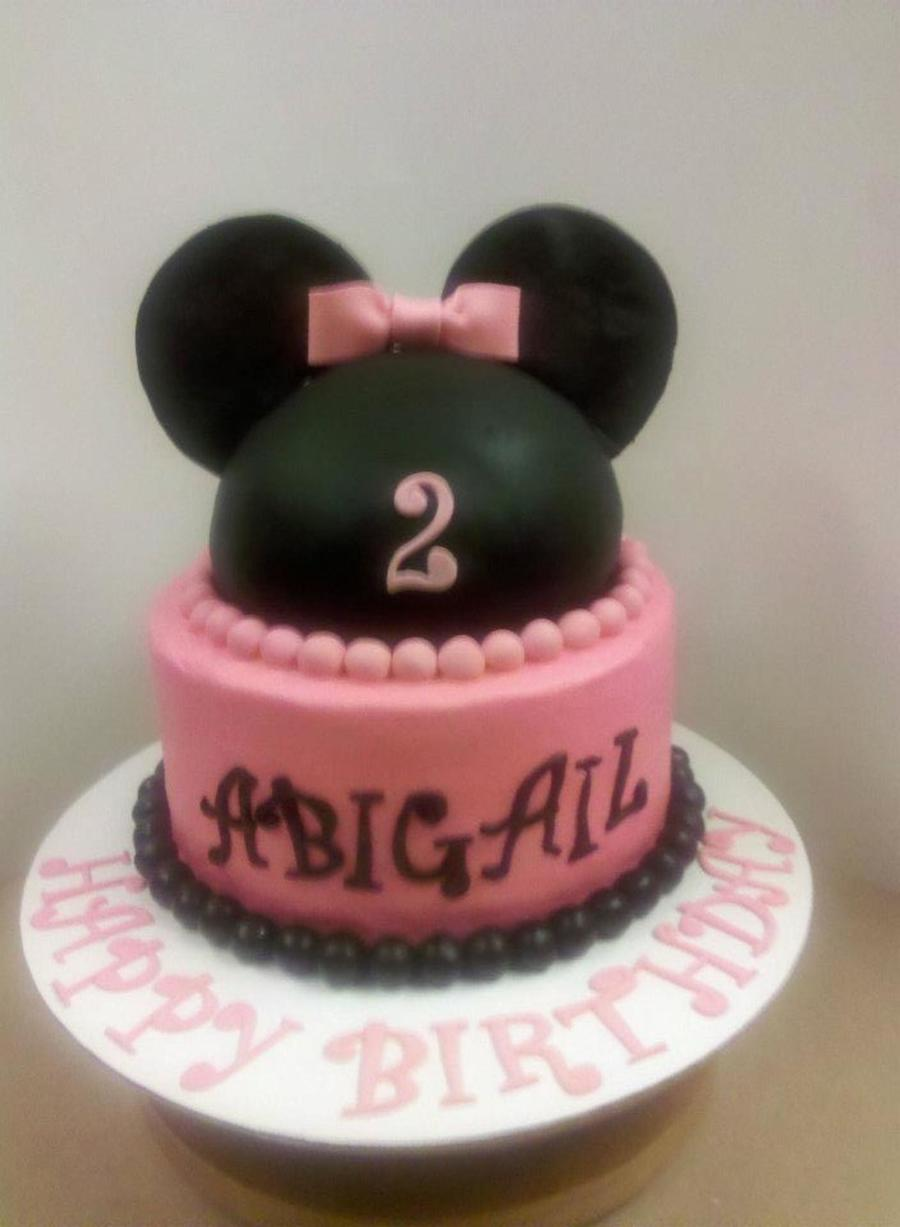My First Minnie Mouse Cake I Really Think It Turned Out Cute  on Cake Central