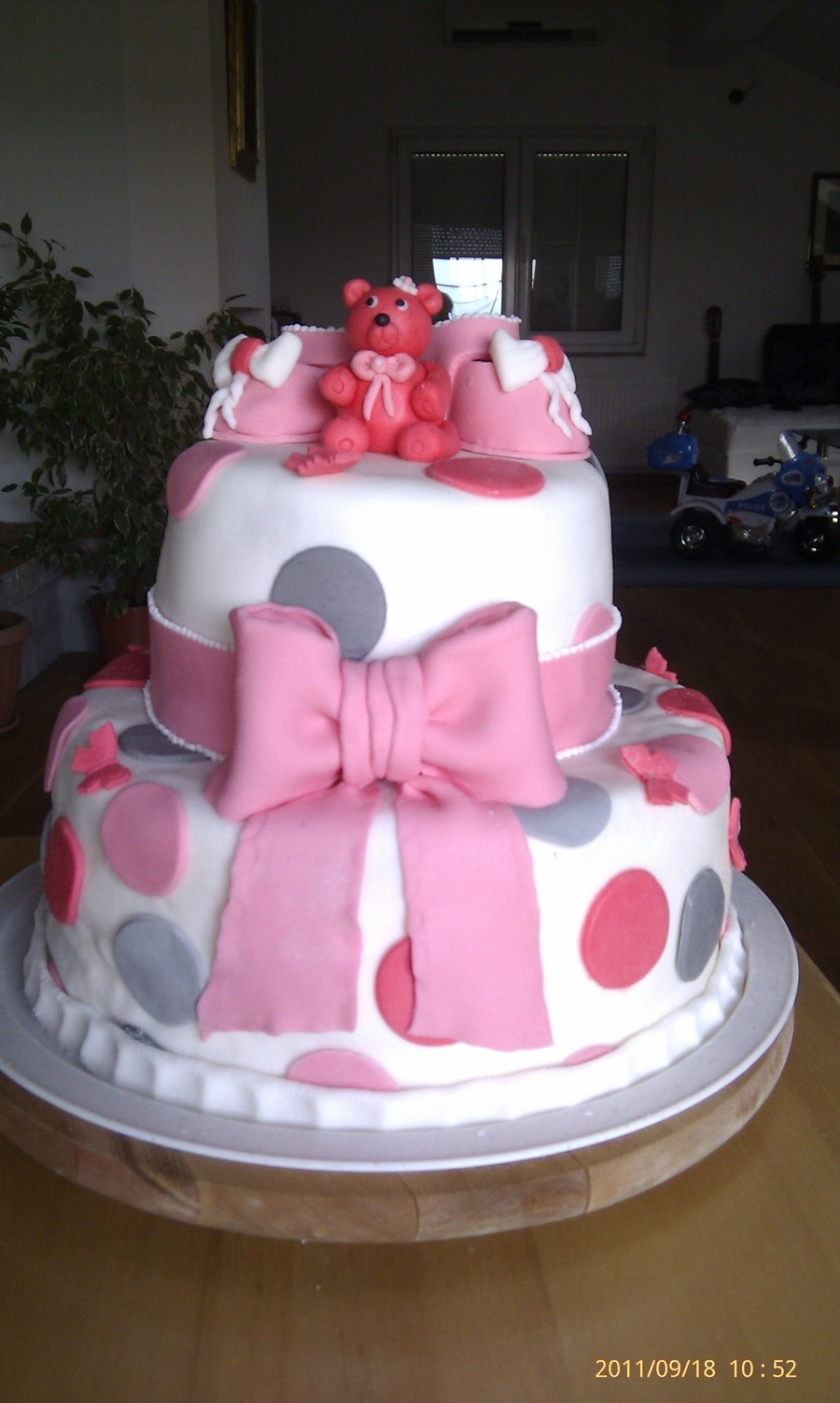 Baby Bow Cake on Cake Central
