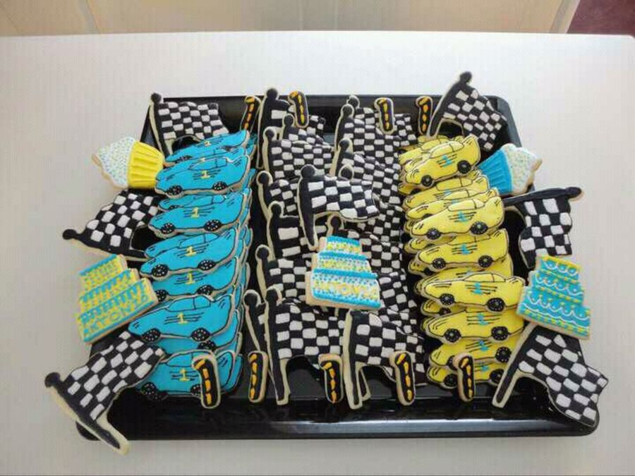 Race Cars & Checkered Flags on Cake Central