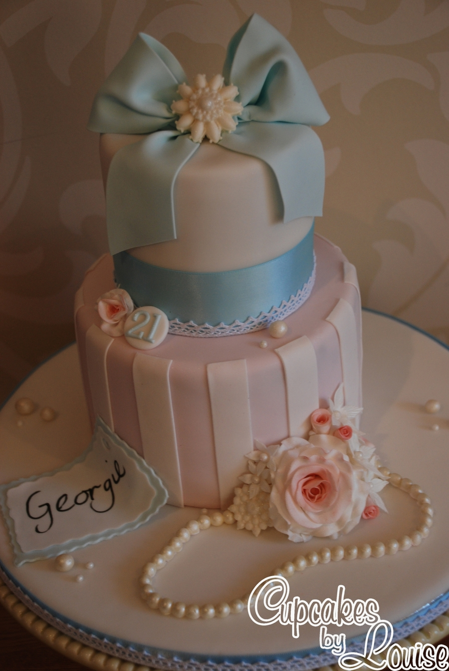 Vintage Style Birthday Cake - CakeCentral.com