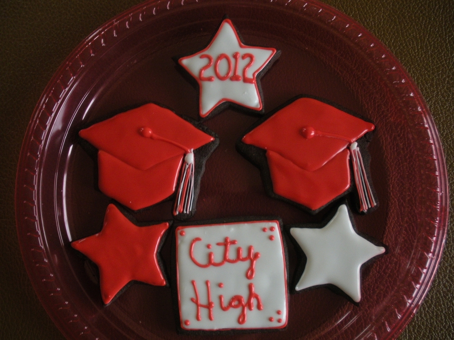 Harper's Graduation on Cake Central