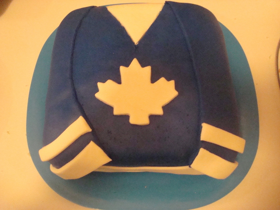 I Made This Cake For My Sons Hockey Team They Play In Leafs Colours on Cake Central