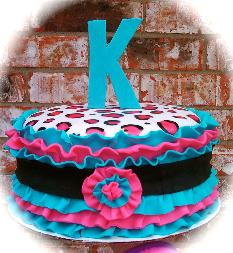 Leopard Ruffles on Cake Central