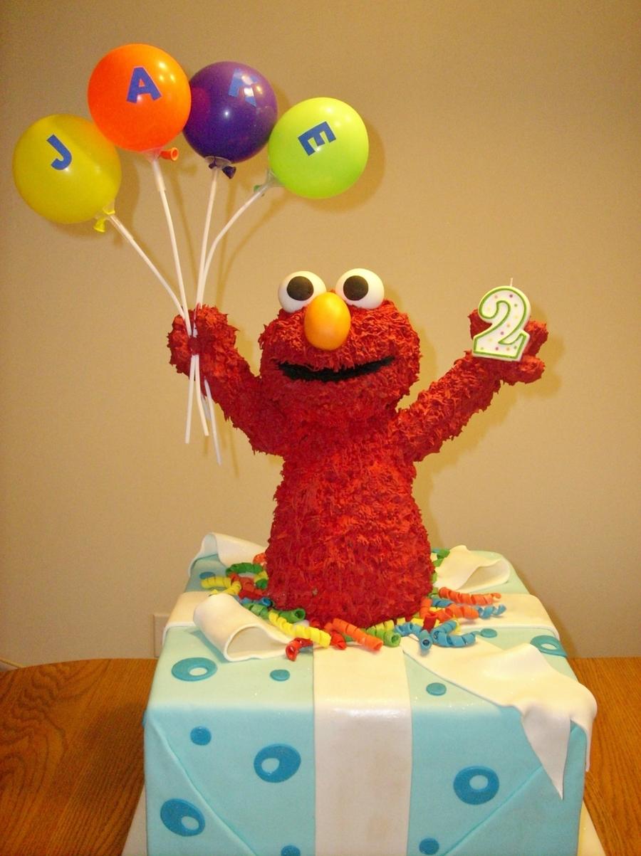 Cake Decorations Elmo : Elmo Birthday Cake - CakeCentral.com