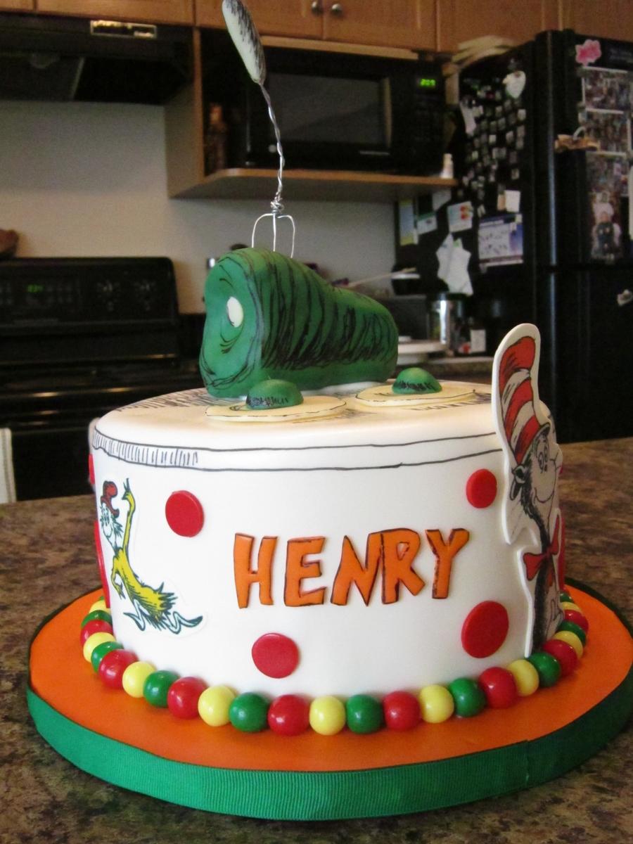 Dr. Suess Green Eggs & Ham Cake - CakeCentral.com