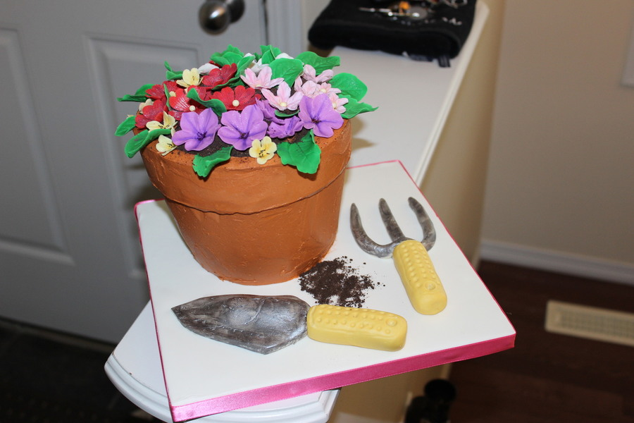 Gardening Flower Pot Cake With Sculpted Tools on Cake Central