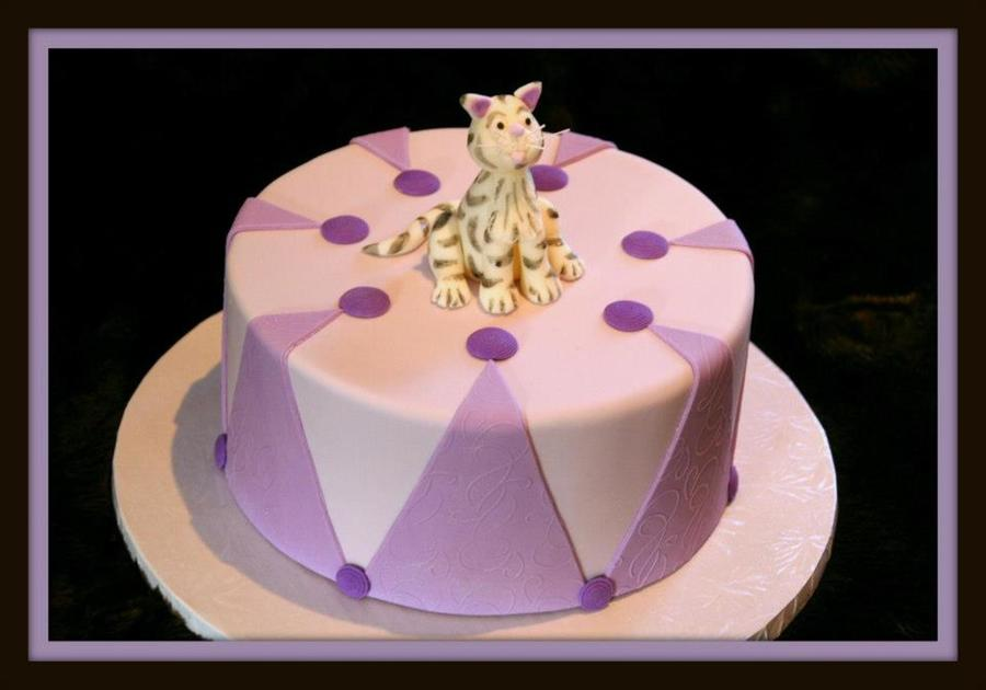 For A Young Cat Lover  on Cake Central