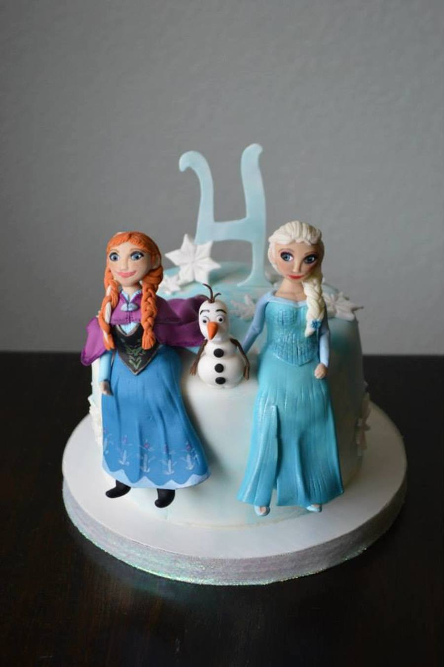 Frozen 4Th Birthday Cake With Handmade Fondant Characters