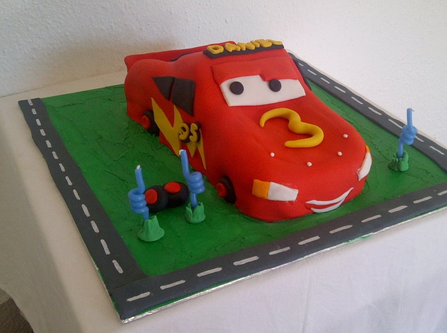 Lightening Mcqueen Car Cake on Cake Central