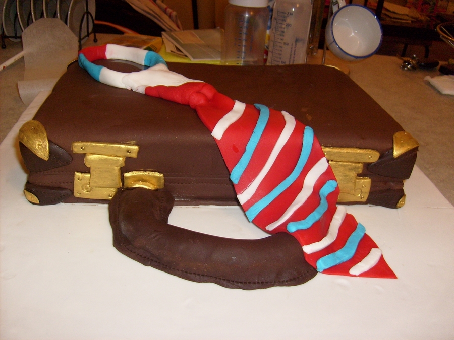 Brief Case And Tie 3D Cake on Cake Central