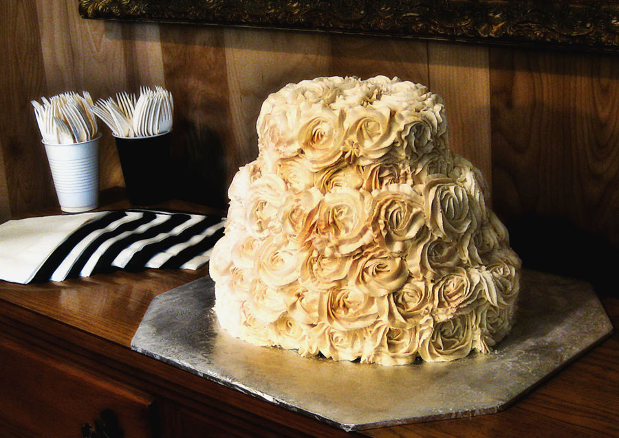 Oval Wedding Cake With Ivory Roses on Cake Central