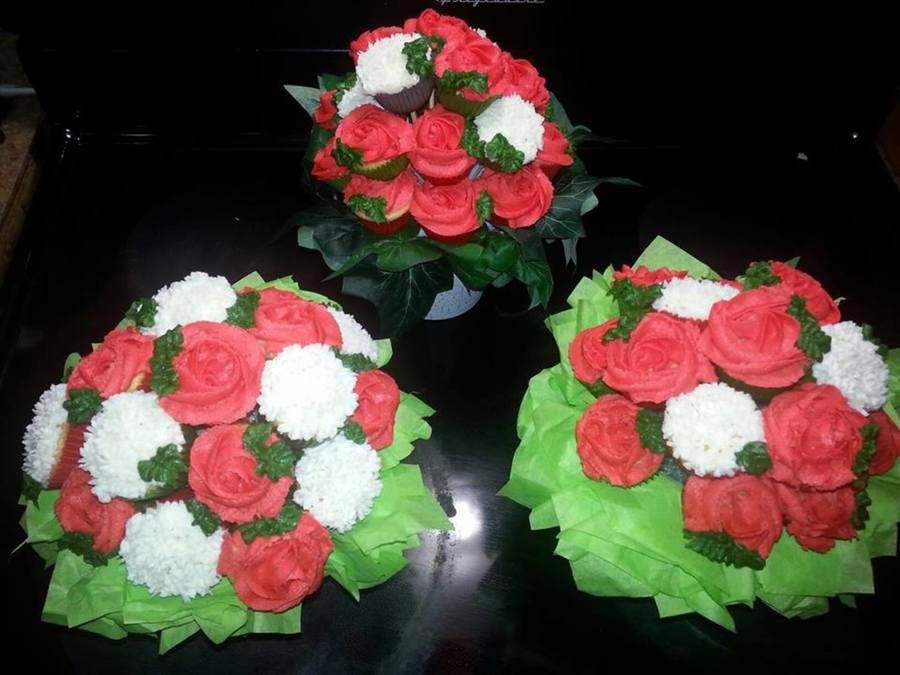 Mini Cupcake Flower Bouquet - CakeCentral.com