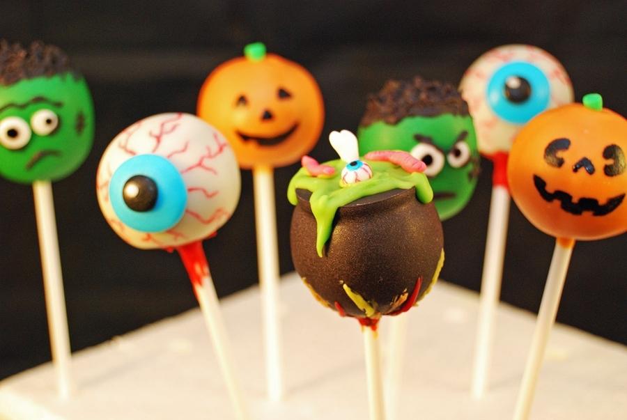 Halloween Cake Pops! - CakeCentral.com