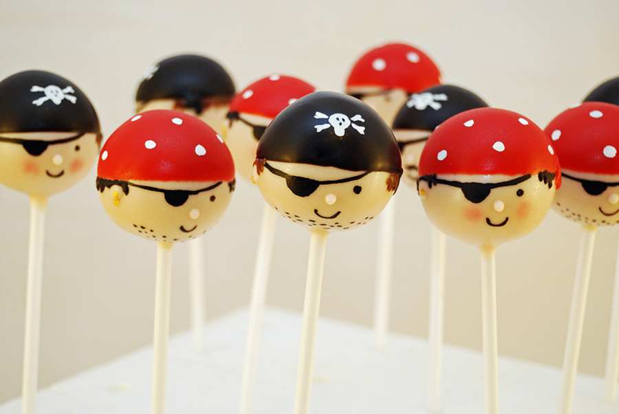 Pirate Cake Pops! on Cake Central