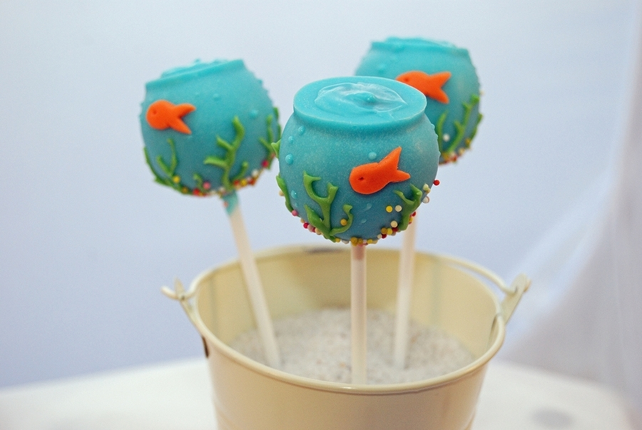 Fish Bowl Cake Pops on Cake Central