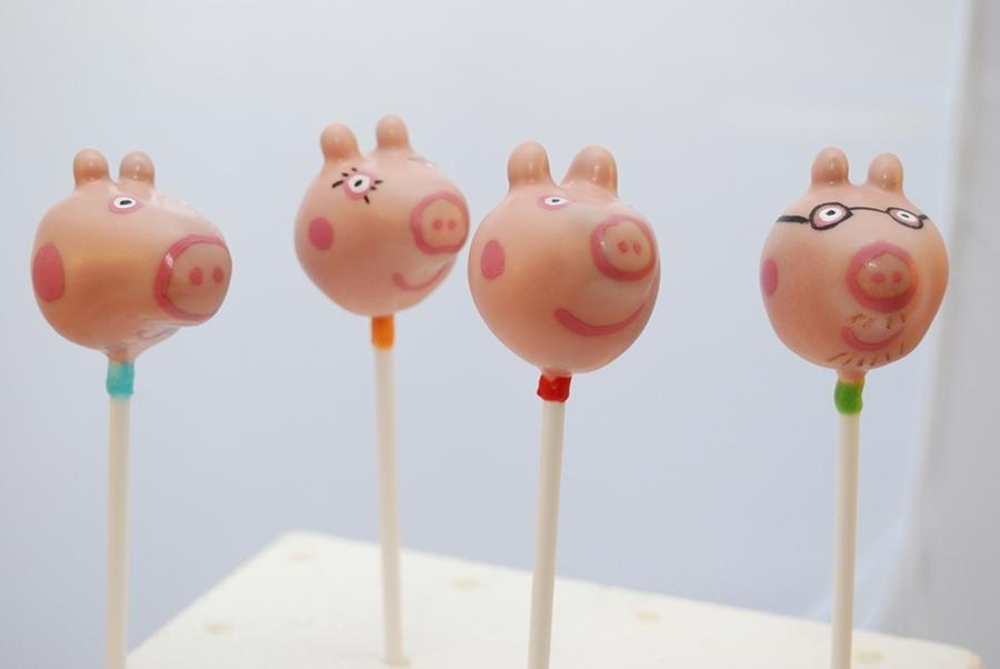 Peppa Pig Cake Pops Recipe