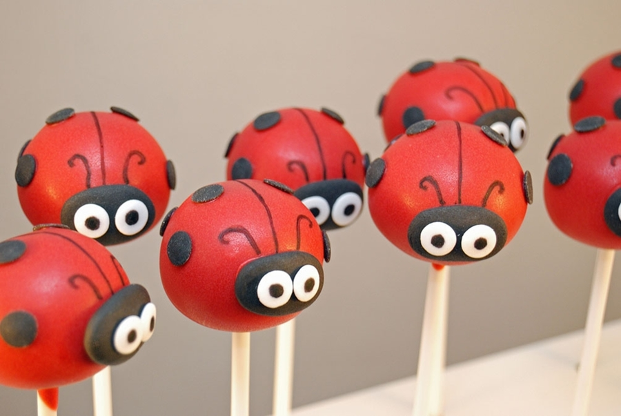 Ladybird Cake Pops on Cake Central