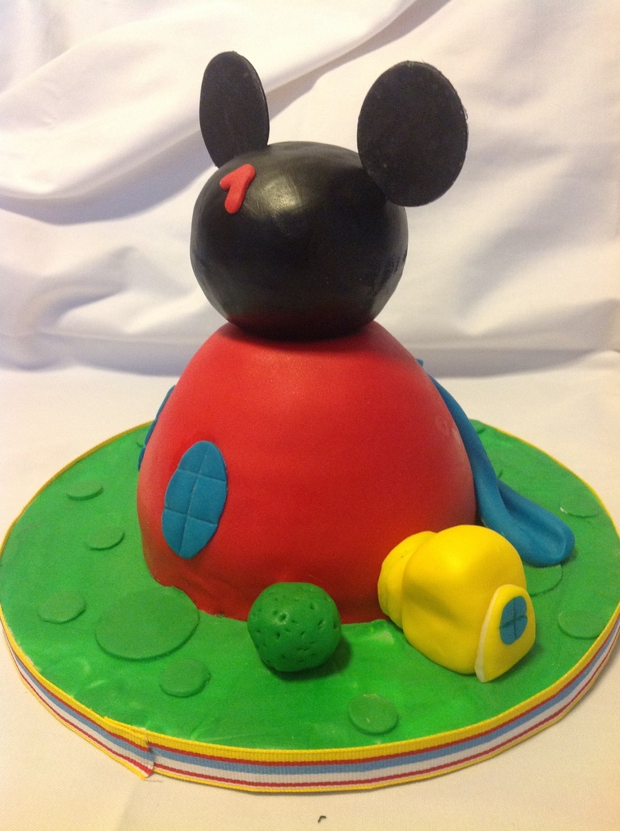 My Version Of Mickey Club House on Cake Central