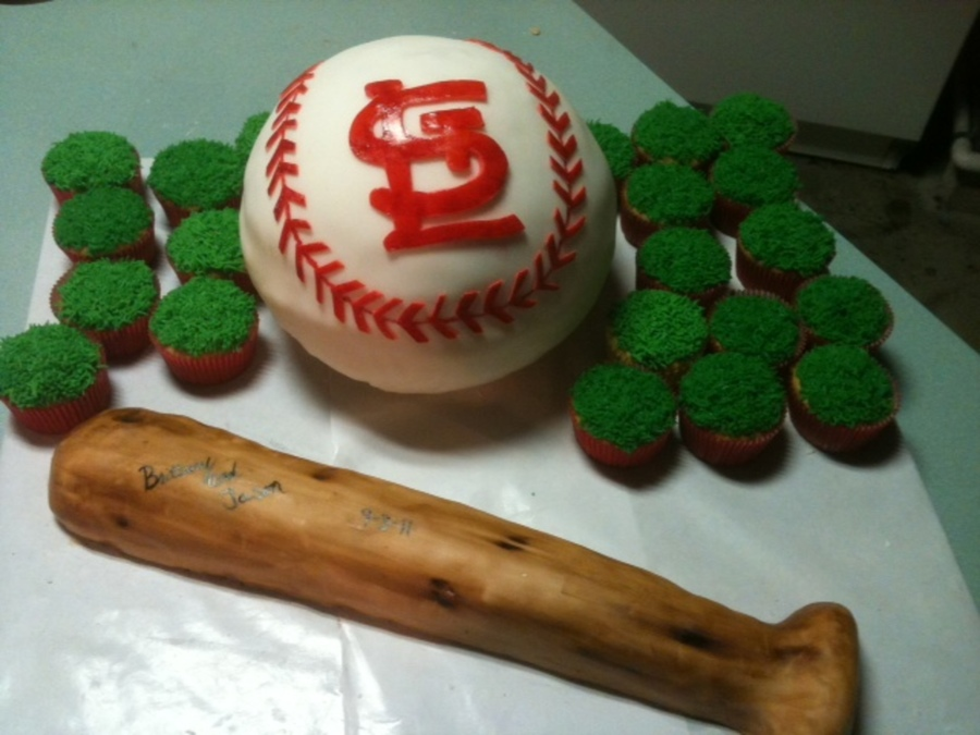 Stl Cardinals Bat And Ball on Cake Central