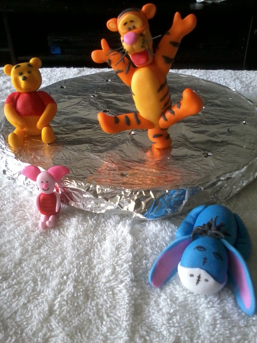 Pooh & Friends on Cake Central