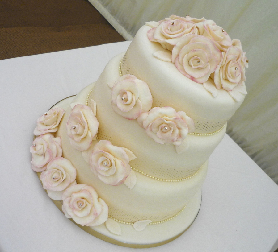 Romantic Roses Wedding Cake  on Cake Central