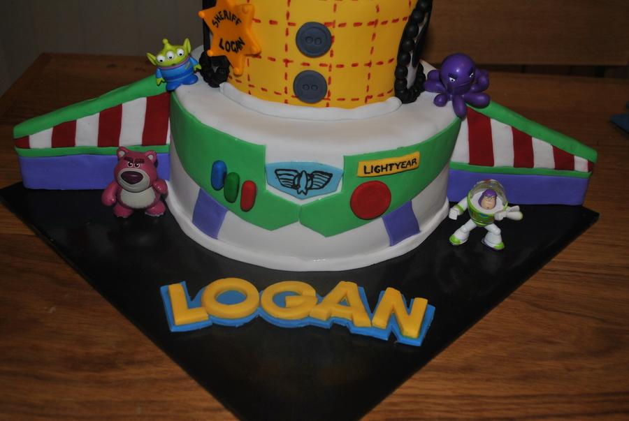Buzz Cake Tin Decorating