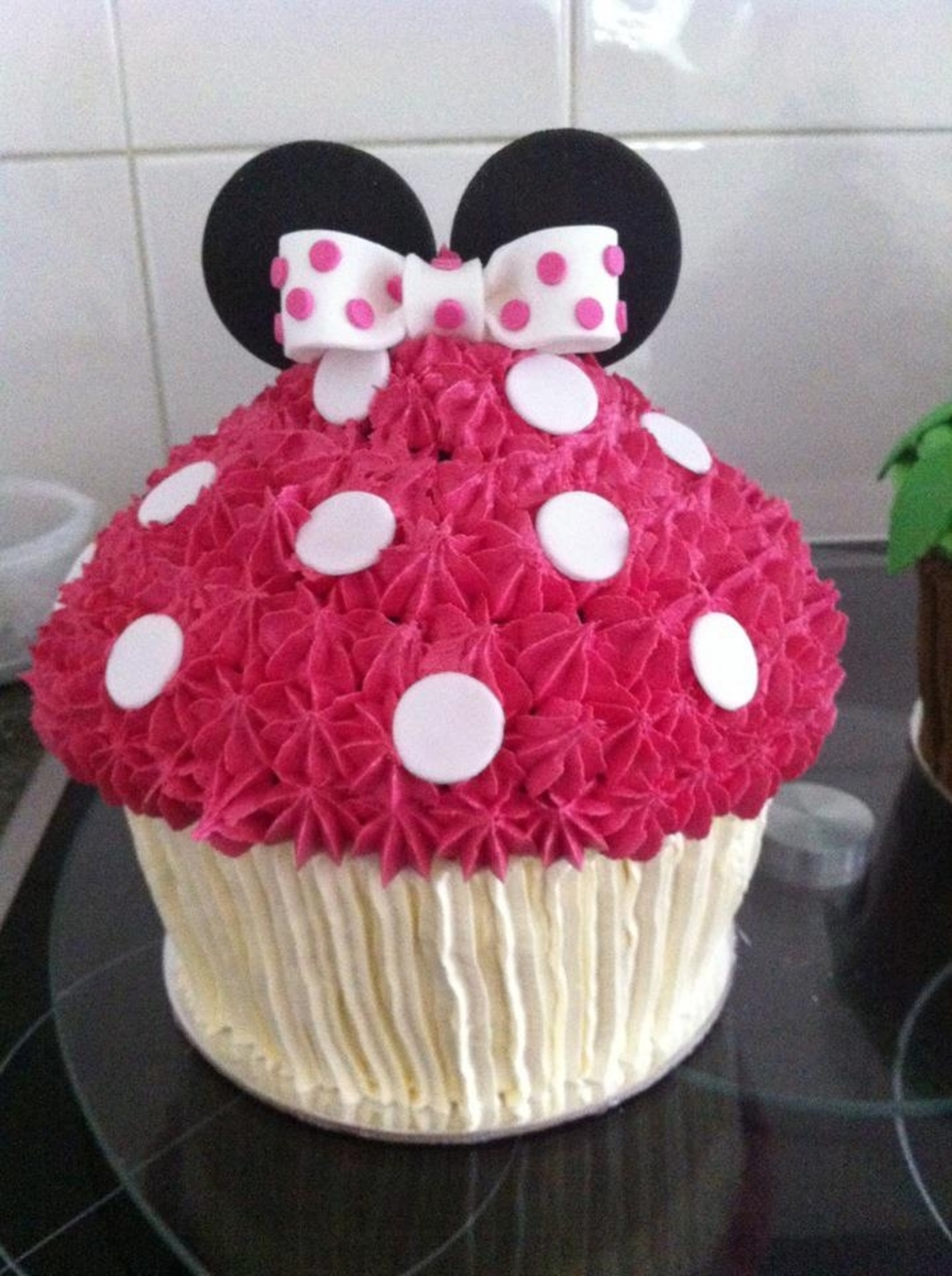 Minnie Mouse Smash Cake Cakecentral Com