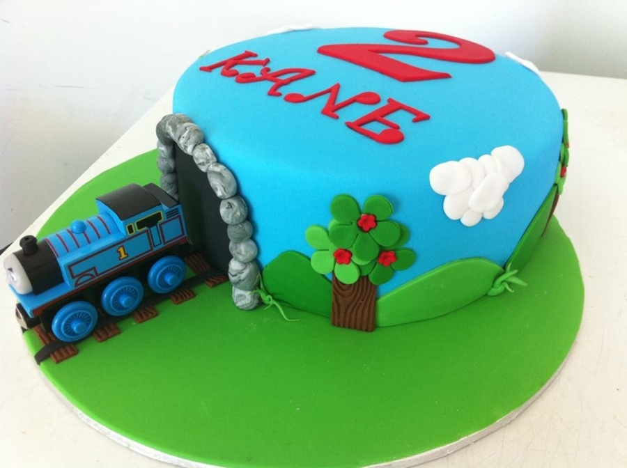 Thomas The Tank Cake  on Cake Central