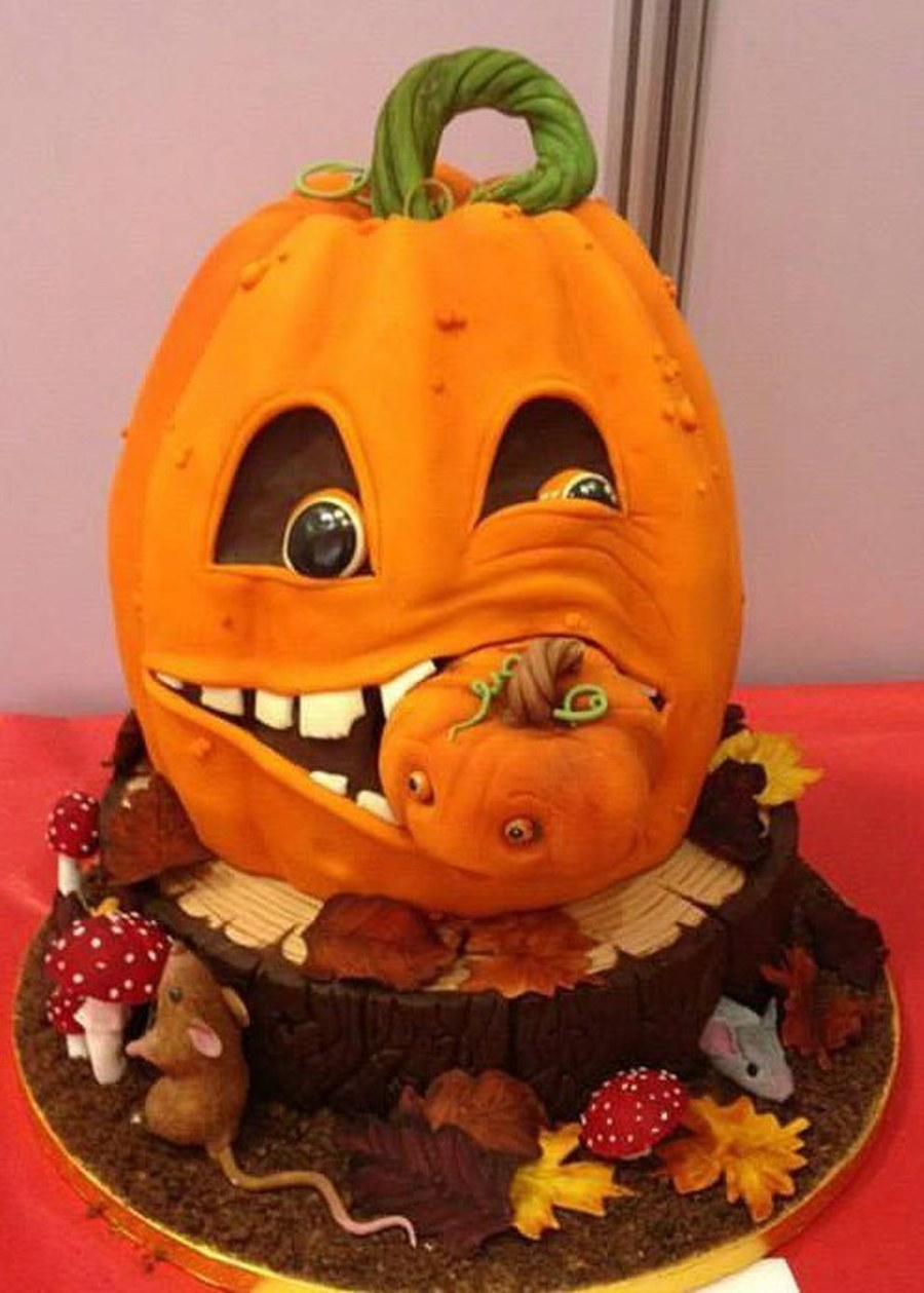 Cake Decoration Galway : Cannibal Pumpkin Won Best In Show At The Galway Bake Fest ...