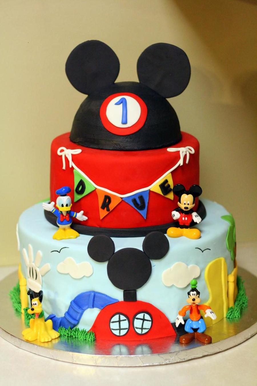Drue's Mickey Mouse Clubhouse on Cake Central