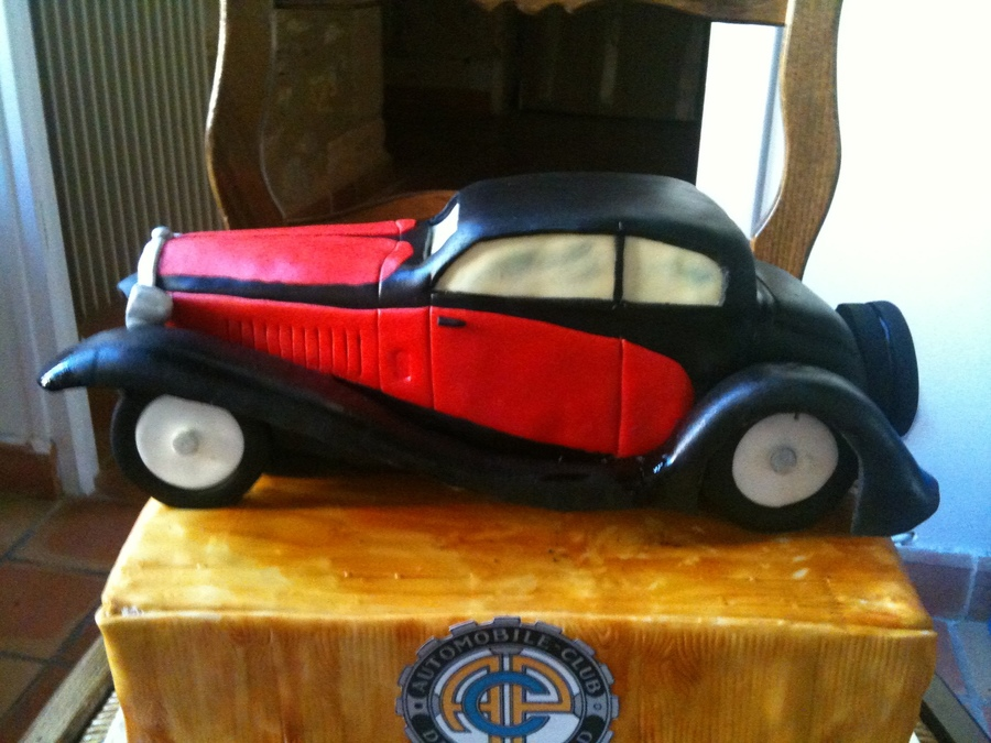 Bugatti T50 on Cake Central