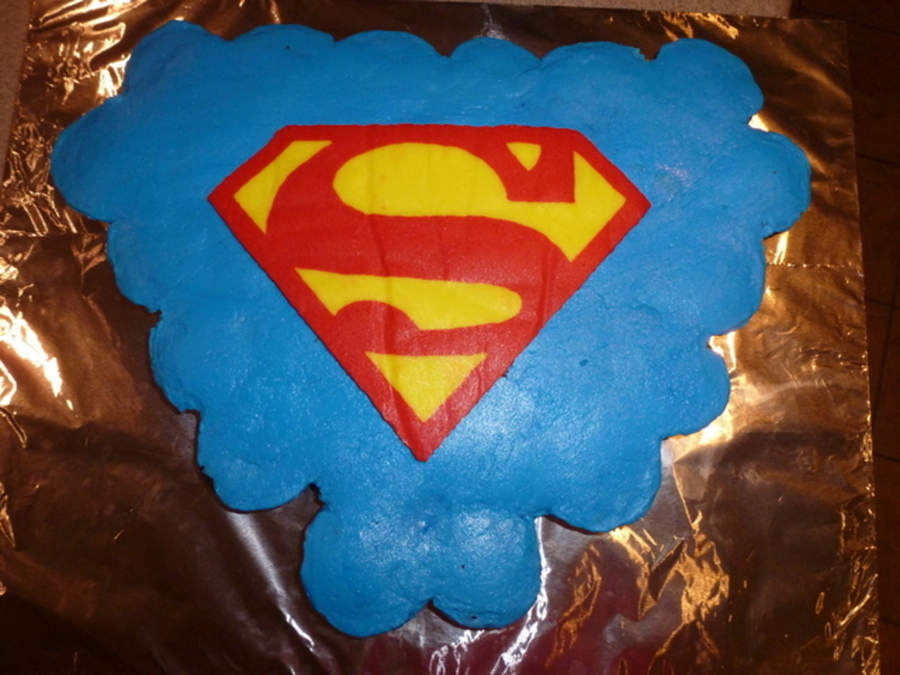 Superman Cupcake Cake CakeCentralcom
