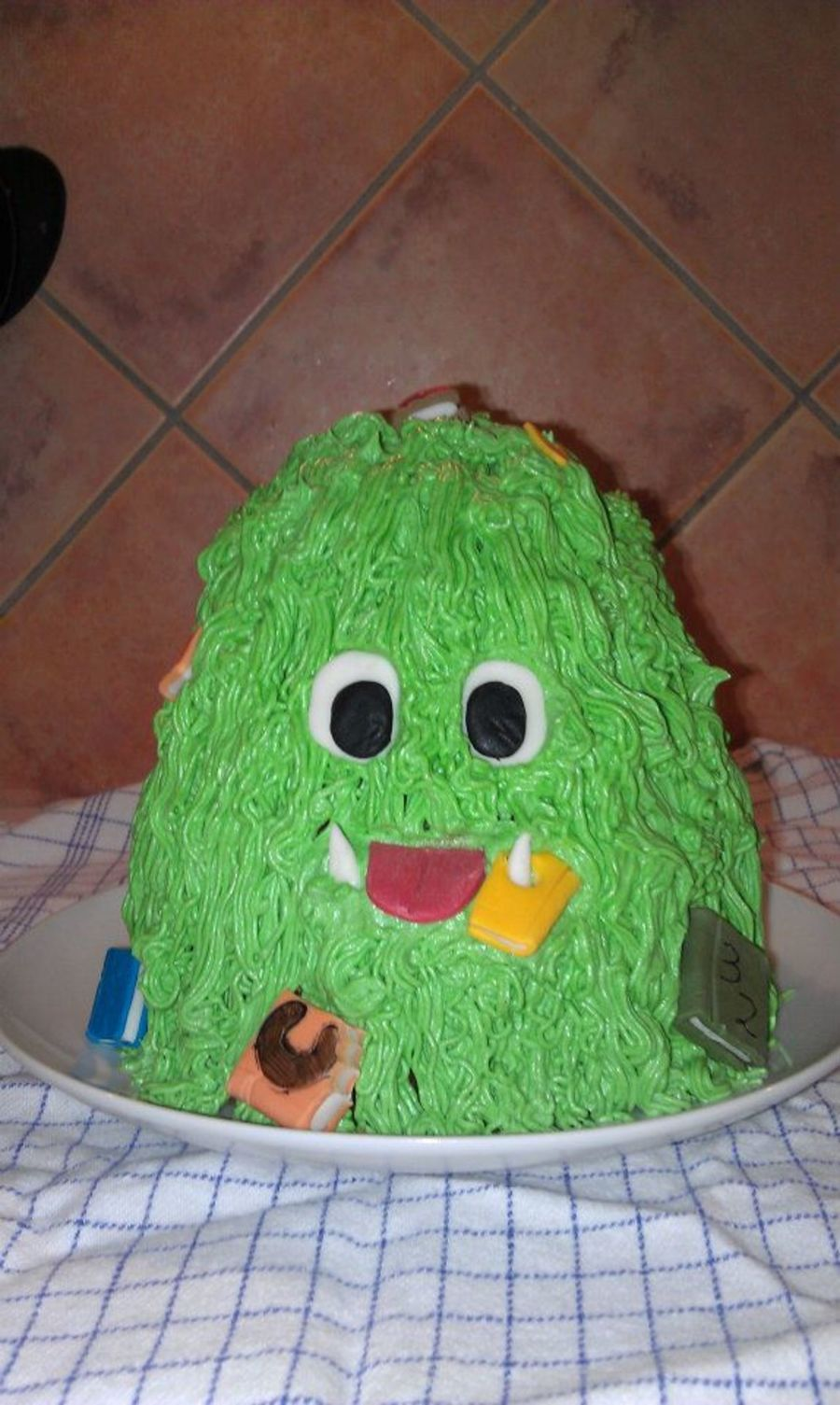 Book Monster on Cake Central