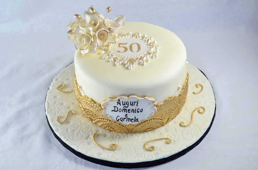 50th Anniversary Cake In Gold Lace With Sugar Roses Calla